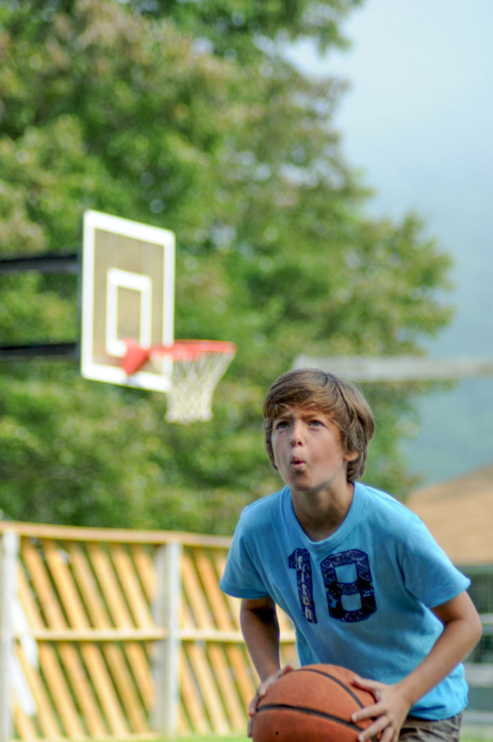basketball-boy-camper