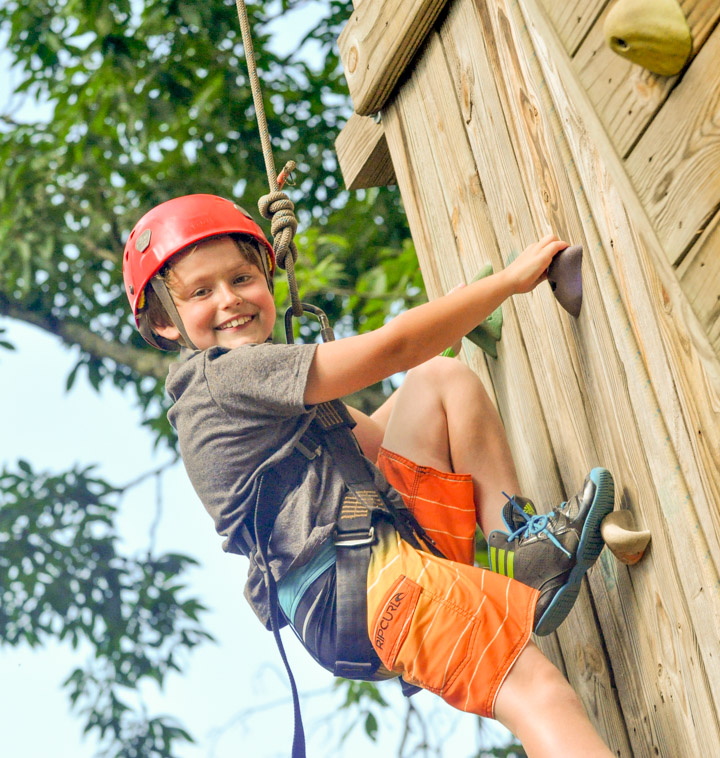 boy-wall-climb